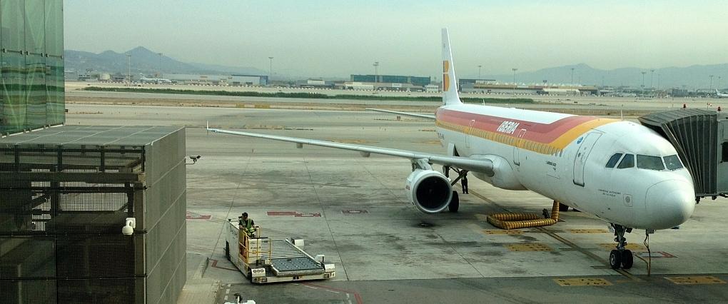 iberia flight to barcelona: